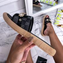 Černé pantofle s ozdobou-248426-02